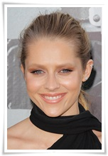 picturelux celebrity stock photos Teresa Palmer lo